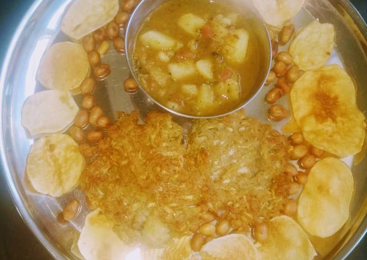 Step-by-Step Guide to Prepare Quick Lauki kuttu poori with aloo curry