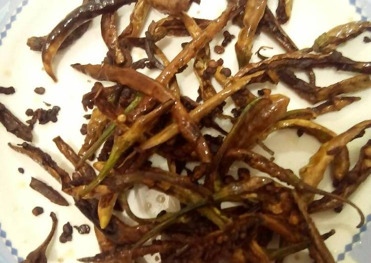 Pan Fried crunchy Chillies by Nancy