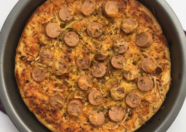 Cheesy pizza eggless & ulenless ala fe