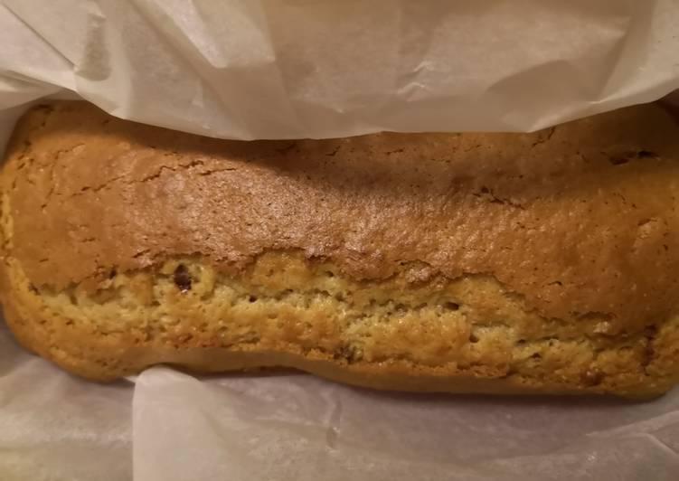 Recipe of Homemade Cake beurre de cacahuète et pépites de schokobons