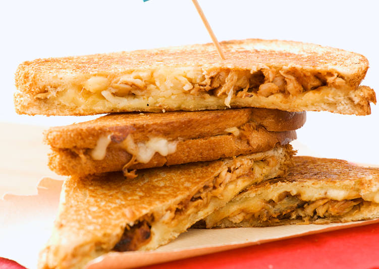 Easiest Way to Prepare Tasty Chicken Grilled Cheese Sandwiches