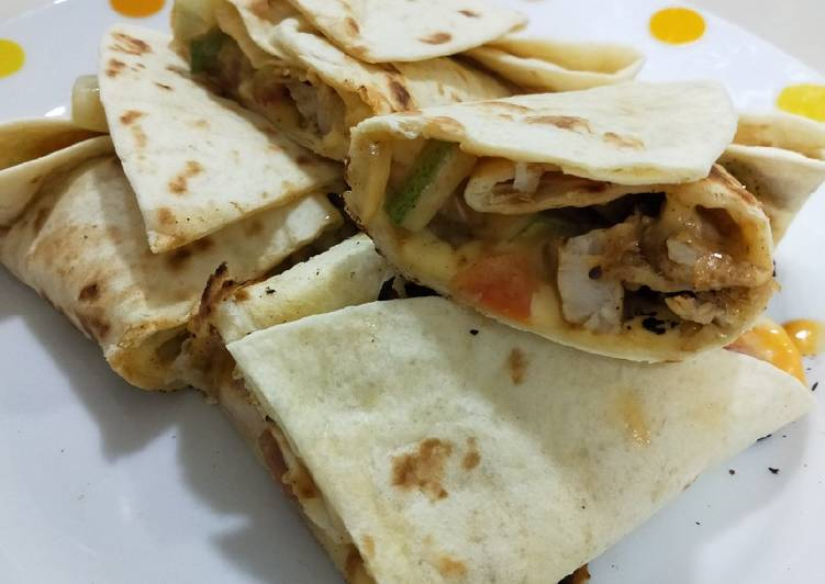Tortilla isi ayam blackpepper