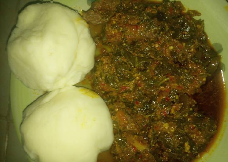 Recipe of Super Quick Homemade Pounded yam en egusi soup