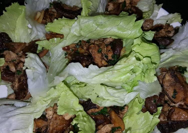 Easy Recipe: Tasty Chicken Lettuce Wraps