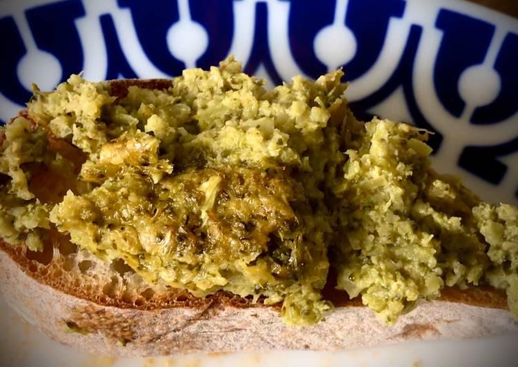 Hummus de brócoli (Rico, sencillo y original)