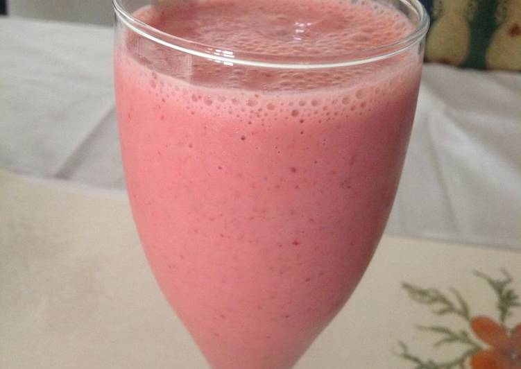 Strawberry Jalapeno Lassi