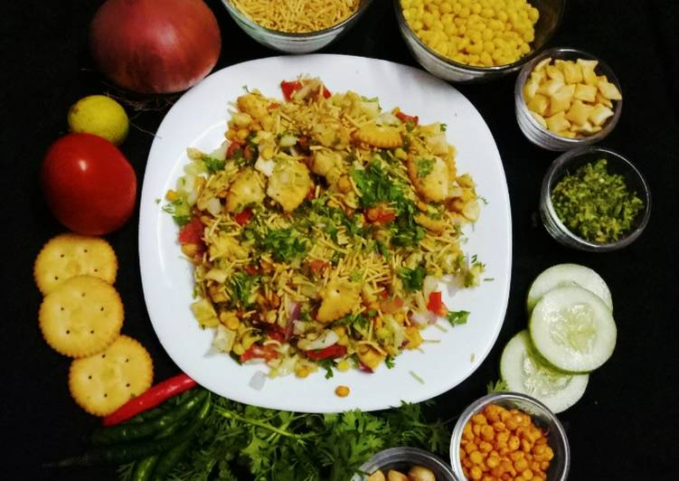 Information on How to Boost Your Mood with Food Chat pata Biscuit bhel.