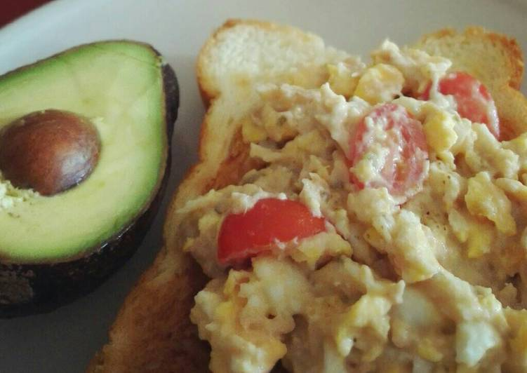 Tuna egg mayo sandwich