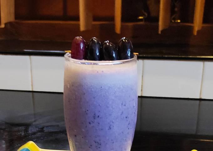 Black Grape Smoothie