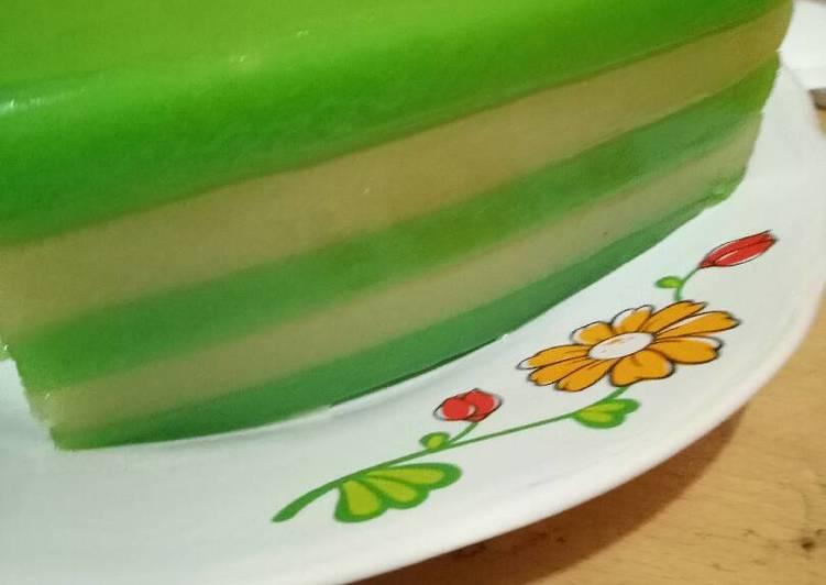 Cara Membuat Kue Lapis Tepung Terigu Sederhana Untuk Pemula