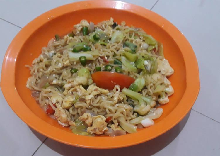 Resep Indomie Goreng special Bikin Laper
