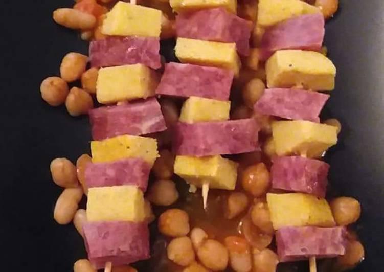 Spiedini di cotechino e polenta grigliati
