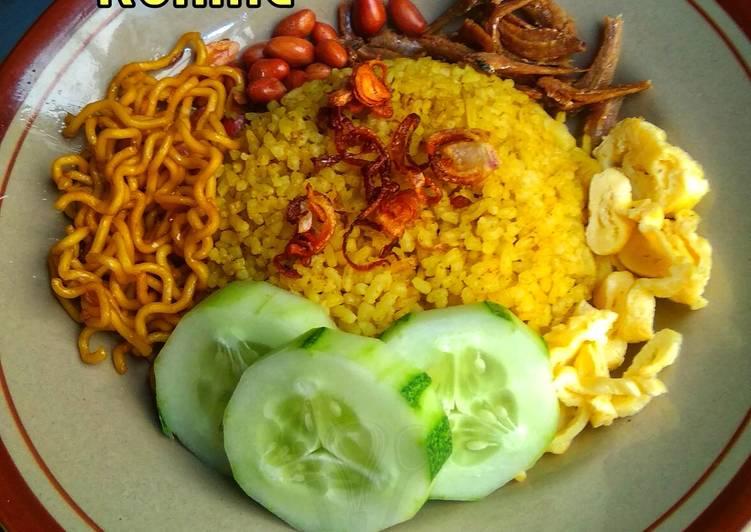 Nasi Kuning (Bamboe)