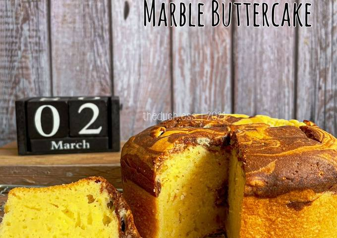 Cream Cheese Marble Buttercake