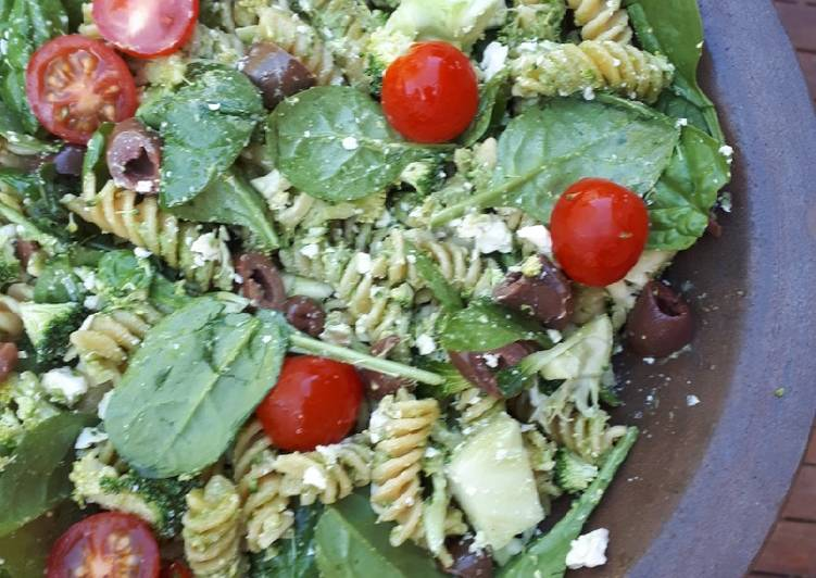 Recipe of Ultimate Pesto salad