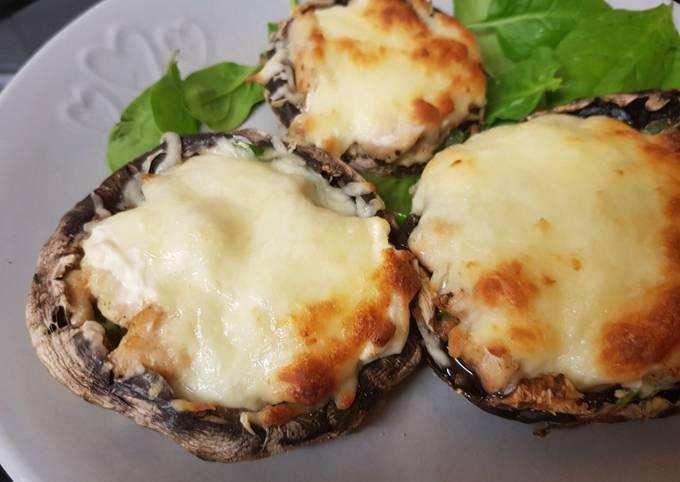 My Garlic cheese & Chicken Stuffed Mushrooms. ❤️