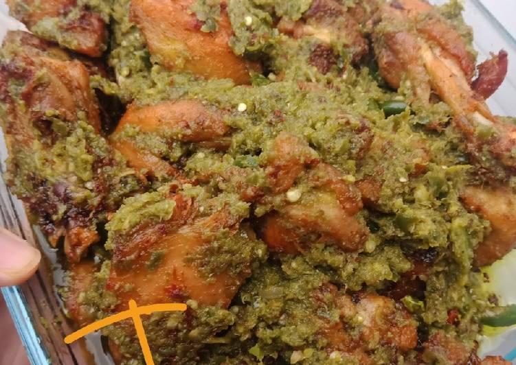 Ayam Cabe Hijau (Ayam Balado Hijau)