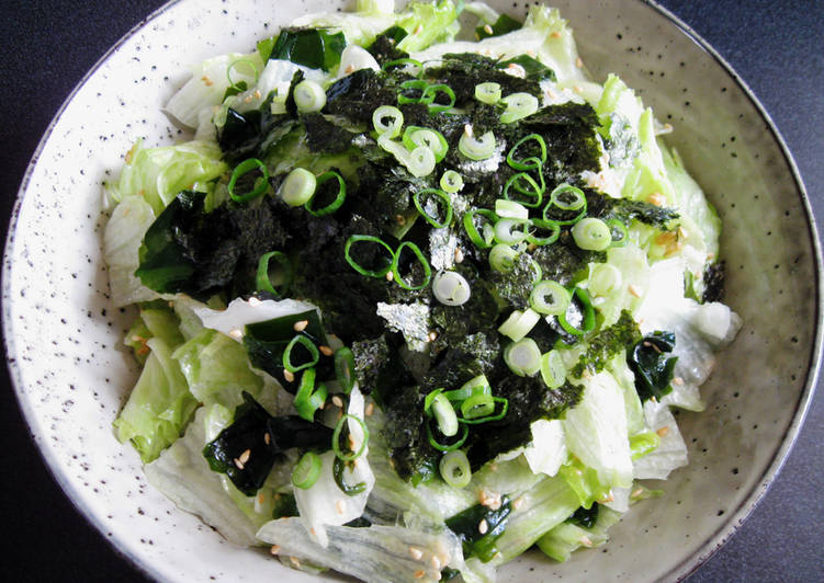 Simple Way to Make Top-Rated Lettuce & Wakame Sesame Salad