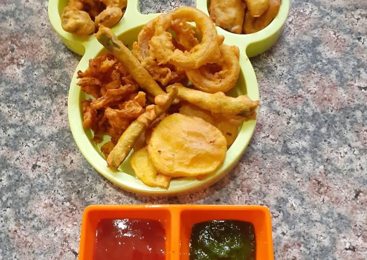Chana dal pakode1 batter 6 types of bhajiyas bhajiya platter