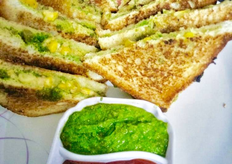 Mix Veg & cheese corn sandwich Mexican style