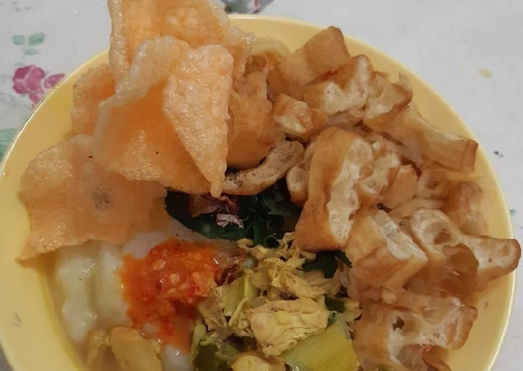 Bubur Ayam bumbu kuning khas Sukabumi#10