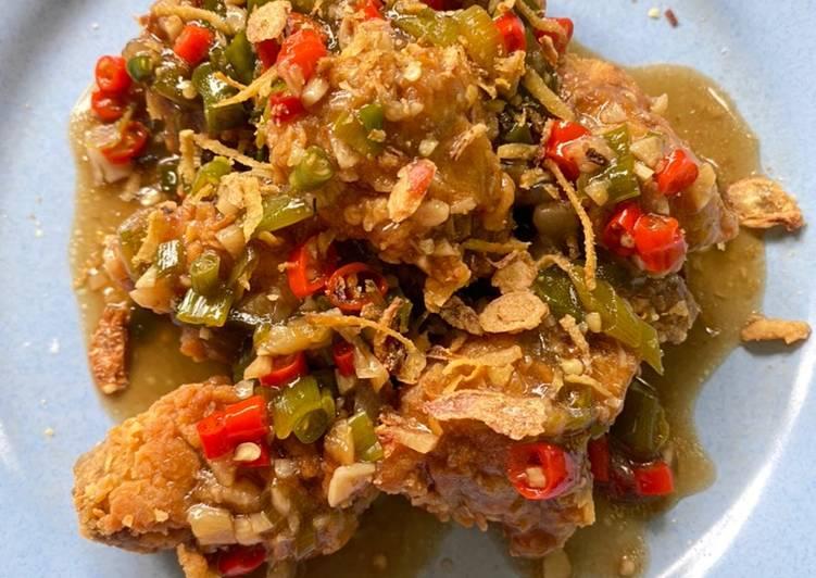 Bagaimana Menyiapkan Ayam krispy rica-rica yang Enak Banget