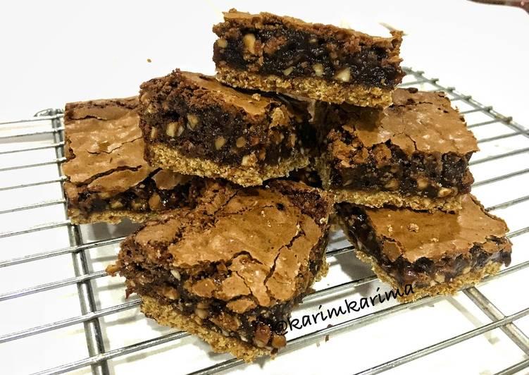 Brownise palm sugar
