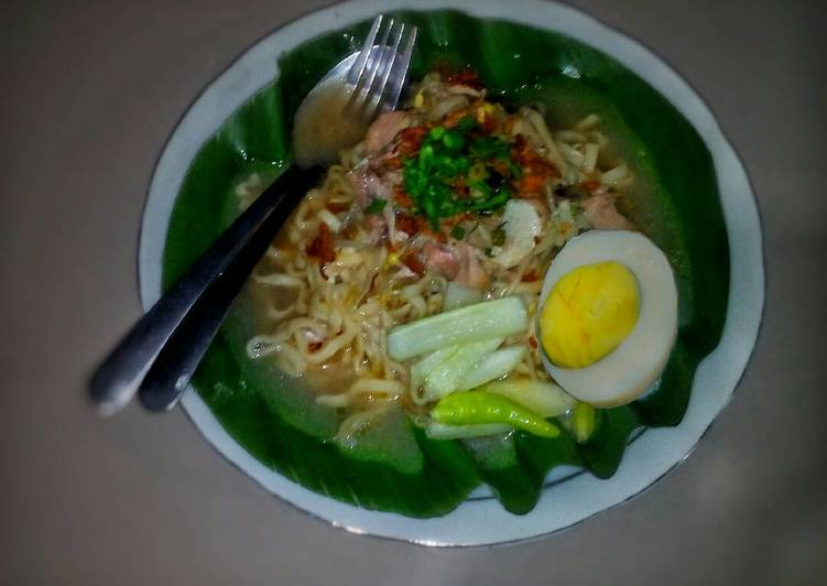 Resep Mie Combor Yummy Simple Oleh Nisaa Cookpad