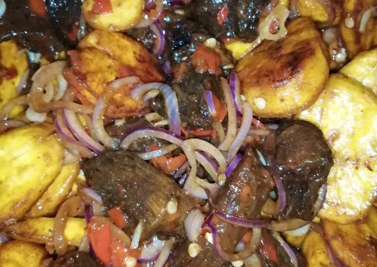 Pepper meat and plantain
