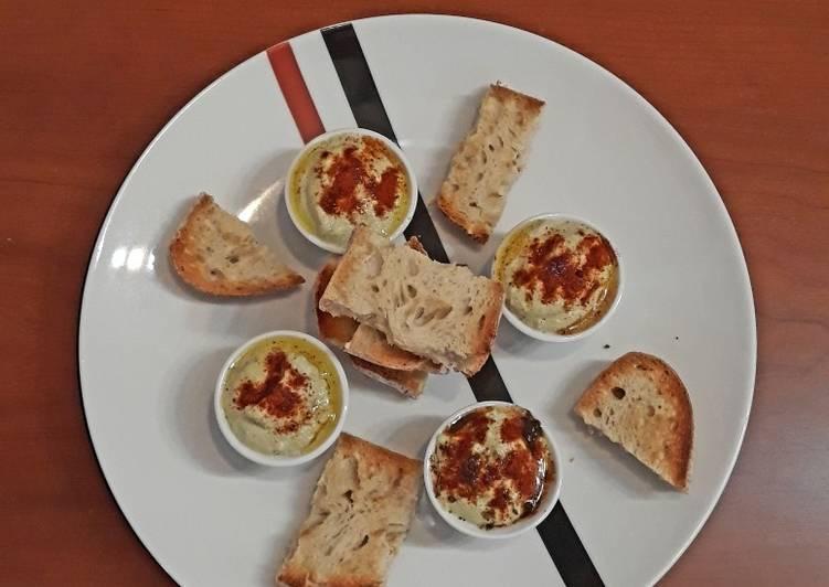 Hummus de habas de soja germinada con tahini 2 cereales
