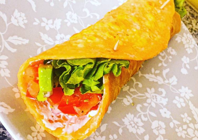 Recipe: Delicious Wrap de patate douce à l'avocat, tomate et oignon rouge