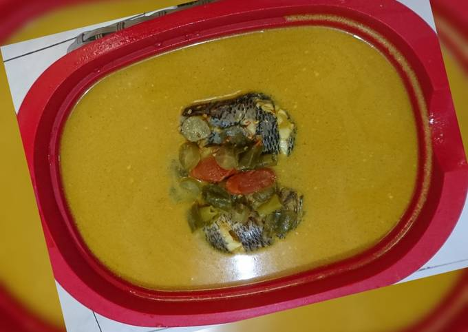 Gulai ikan nila belimbing uluh