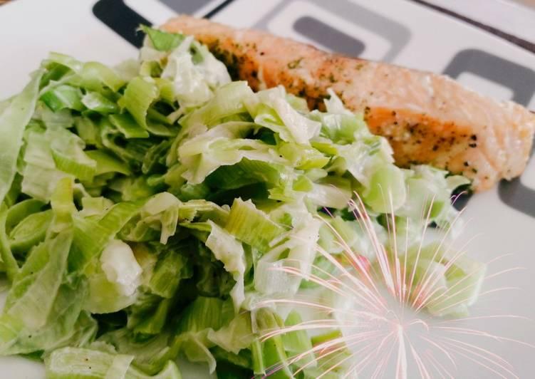 Pavé de saumon et fondue de poireaux