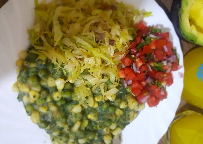Mukimo with steamed Cabbage