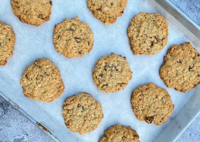 How to Make Delicious My delicious oatmeal raisin cookies