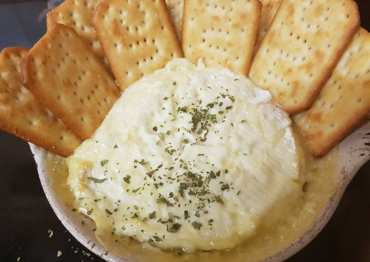What is Dinner Ideas Homemade Camembert soft and smooth heated in the oven yum!!