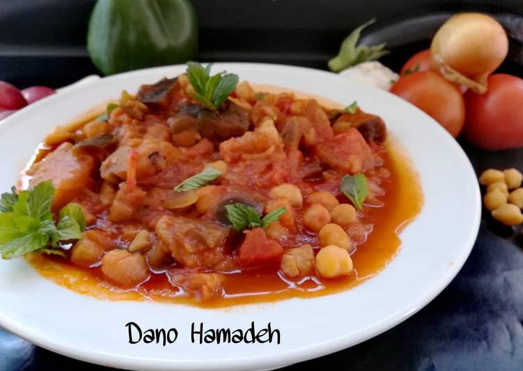 Lebanese Vegetarian Eggplant Stew Maghmour Moussaka Recipe By Dano Hamadeh Cookpad