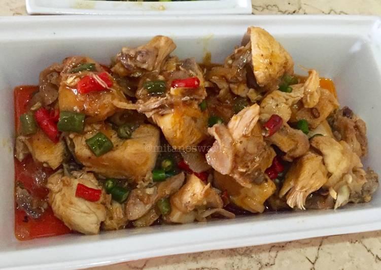 Resep Ayam goreng mentega saus asam manis pedas, Lezat Sekali