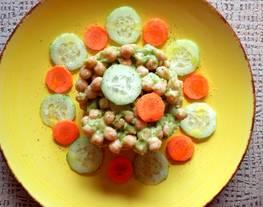 Ensalada de garbanzos con guacamole (vegana)