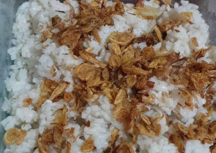 Nasi Uduk gurih (ala betawi)