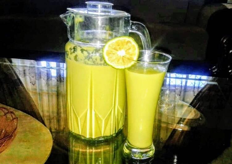 Avocado, orange smoothie