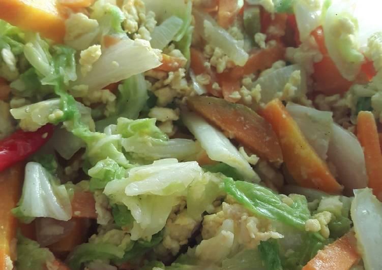 Tumis sawi putih mix wortel telur orak arik