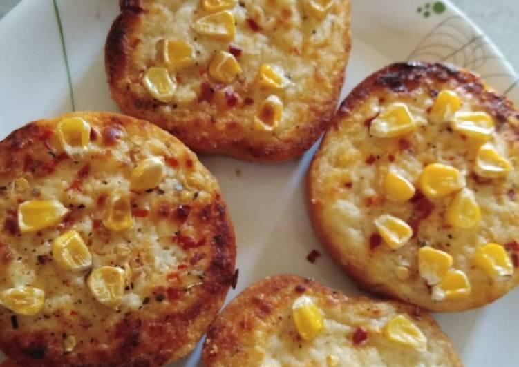 Corn cheese garlic bread