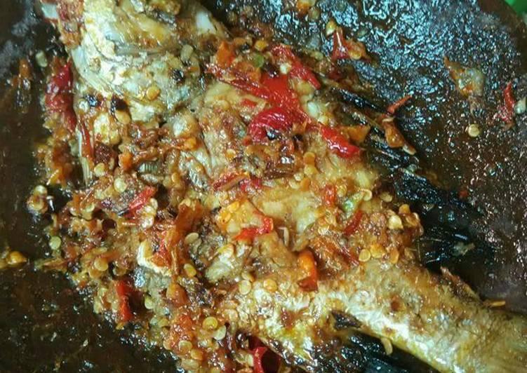 Resep Nila goreng penyet sambal bawang💓, Lezat