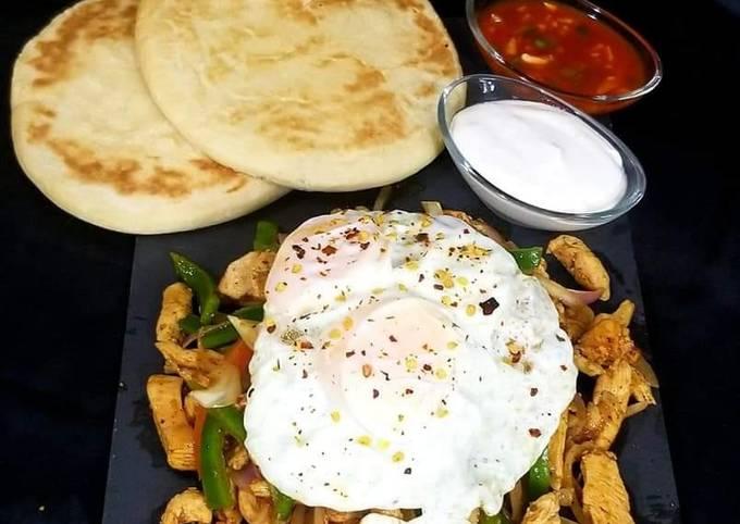 Steak & eggs (breakfast platter)