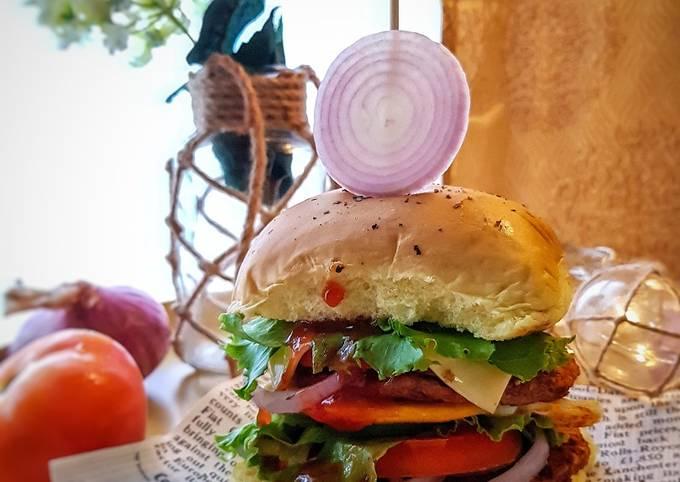 Soft bun burger #PhopbyLiniMohd