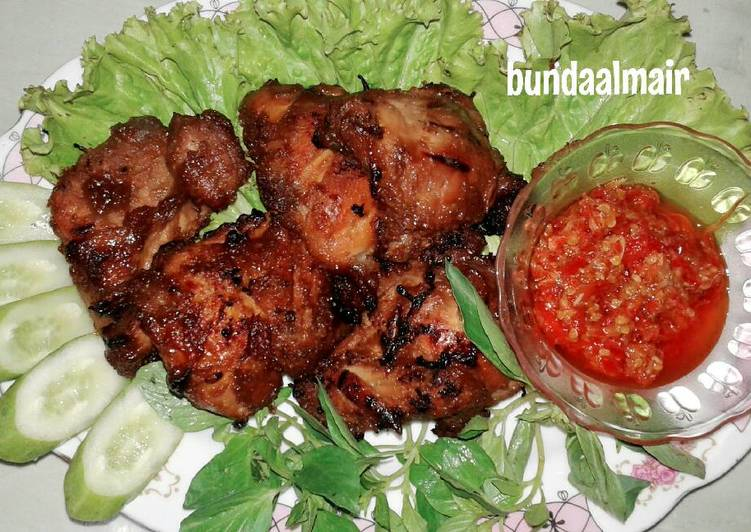 Ayam Bakar Pak Sahak & Sambal Terasi 🍗