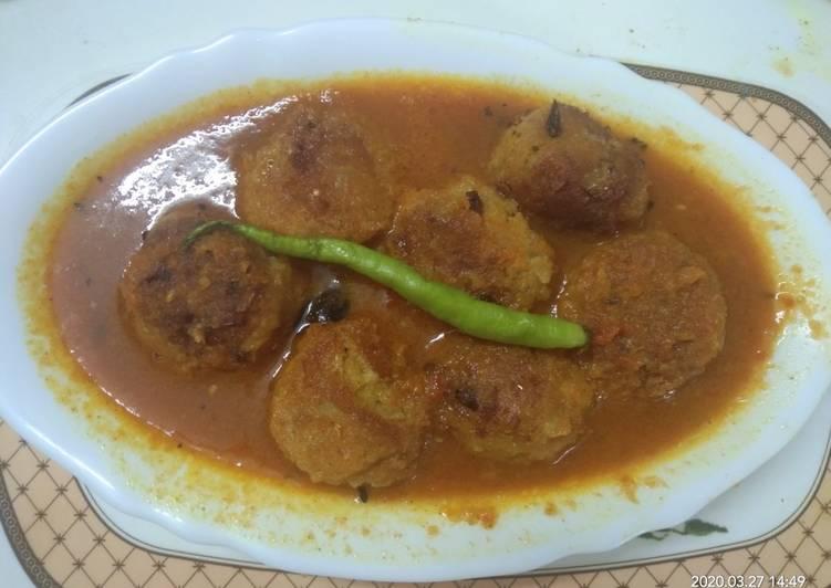Arbi Kofta Curry