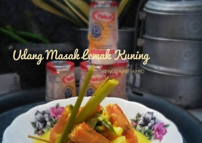 Udang masak lemak kuning