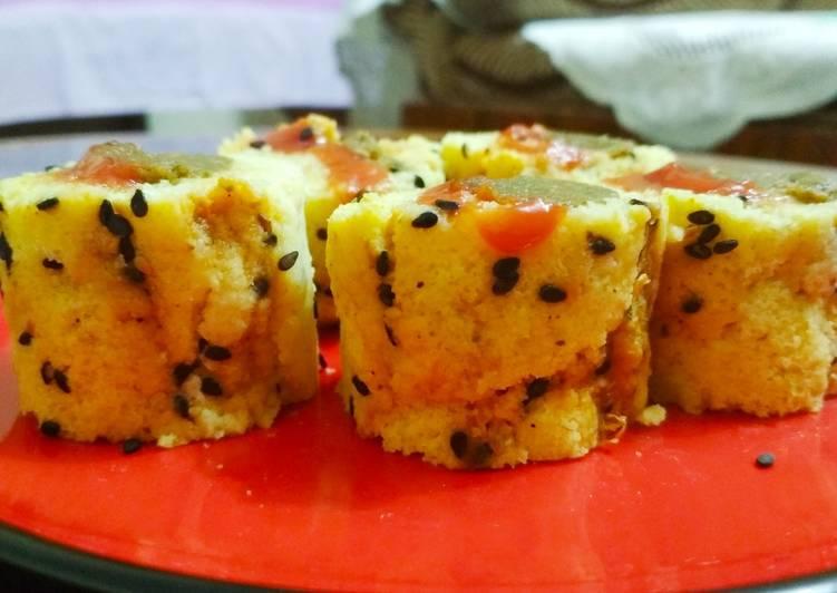 Dhokla sushi